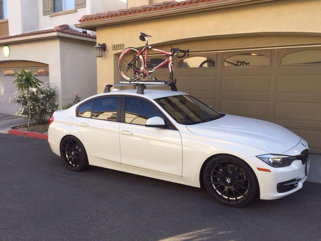 BMW OEM Roof Rack With Thule Bike Tray - Bmw 335i bike rack