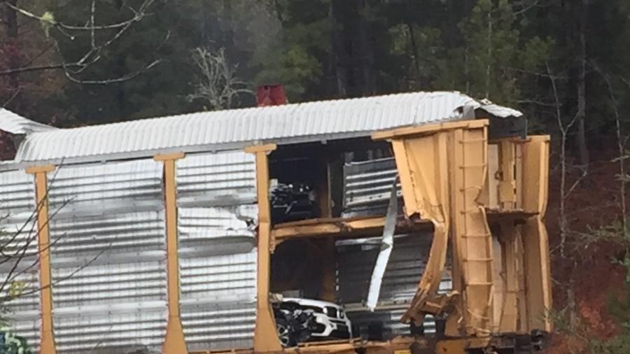 SC train derailment damages 97 BMWs - BMW 3-Series and 4