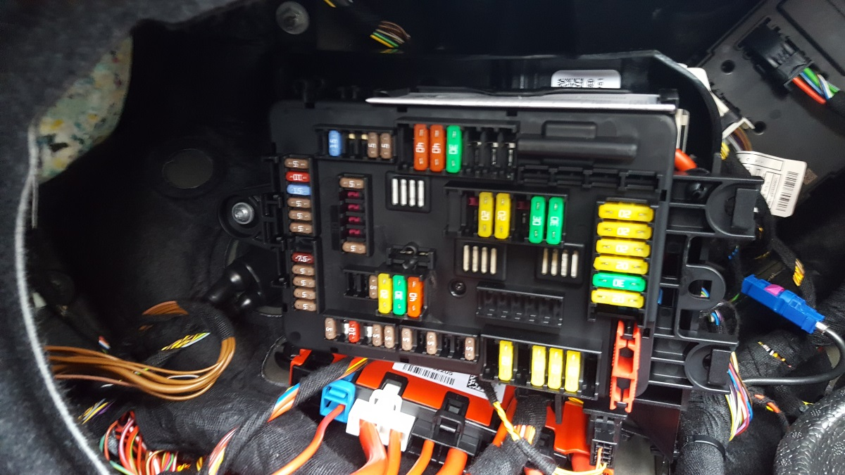 F30 Fuse Box Wiring Library Cadillac Escalade 330e Locations Attached Images