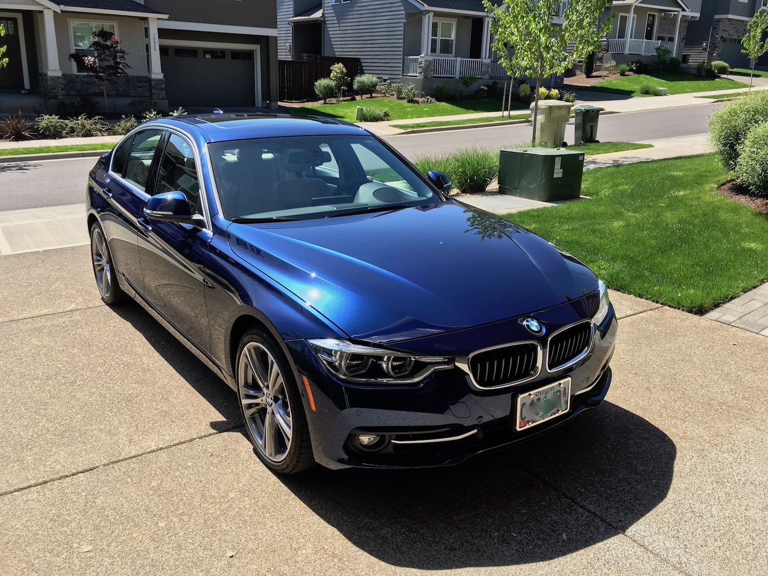 Bmw 320i Vs 328i >> Mediterranean Blue or Imperial Blue
