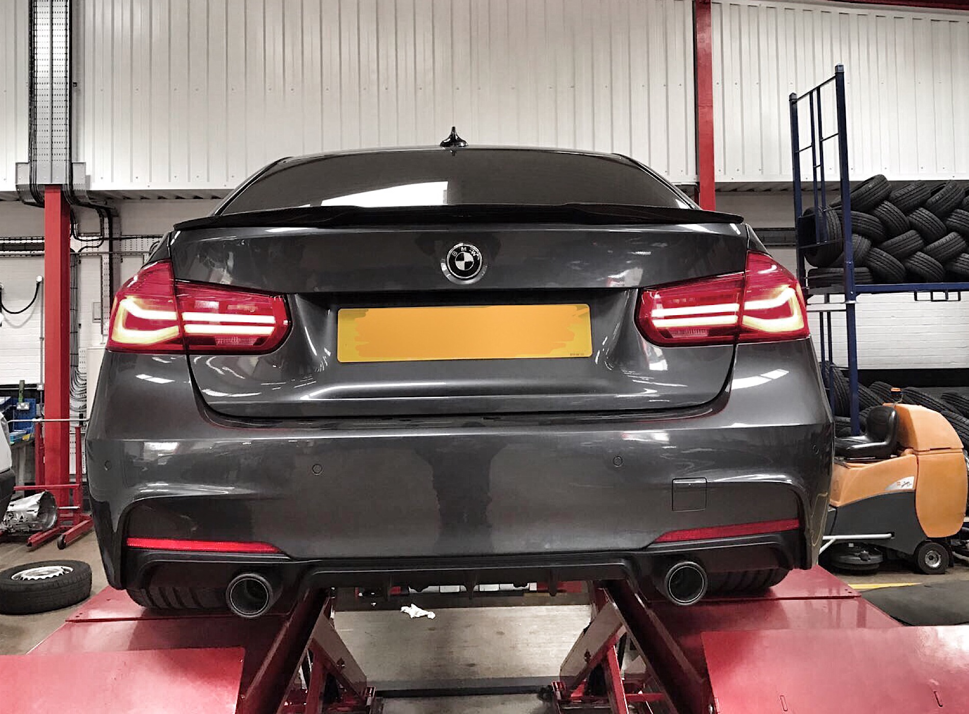 F30 Dual Exhaust Conversion Black Or Chrome Tips