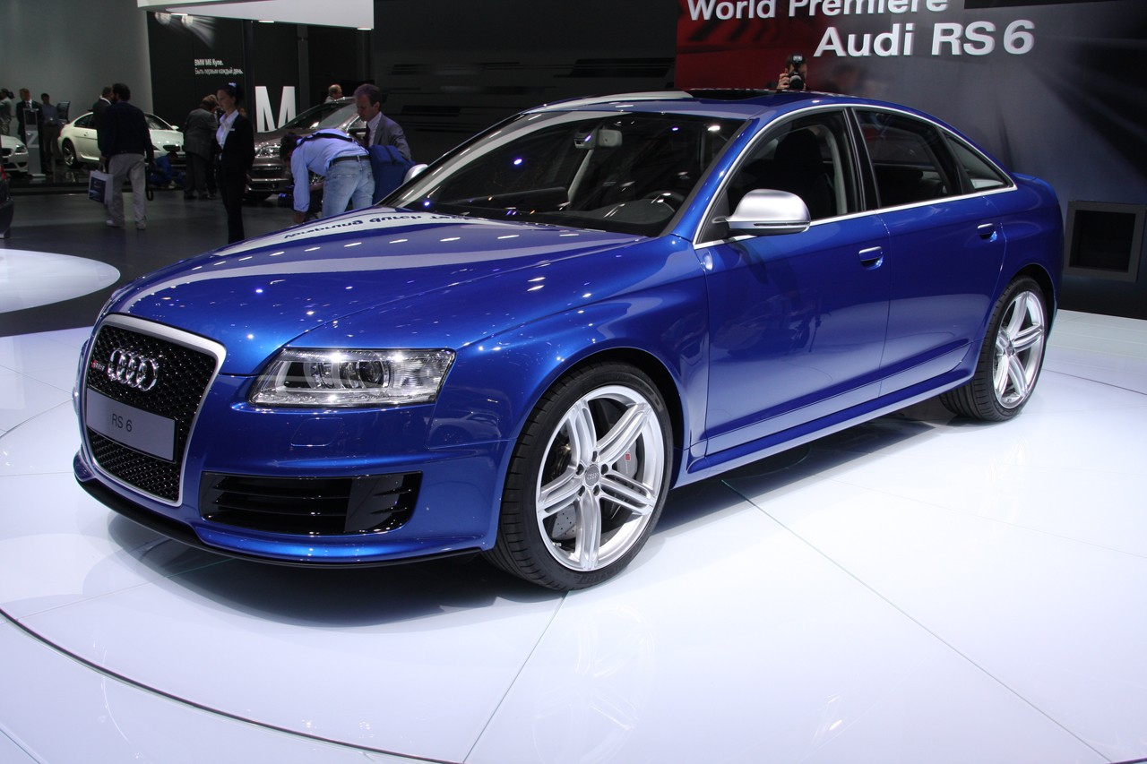 audi rs6 sedan unveiled at moscow. Black Bedroom Furniture Sets. Home Design Ideas