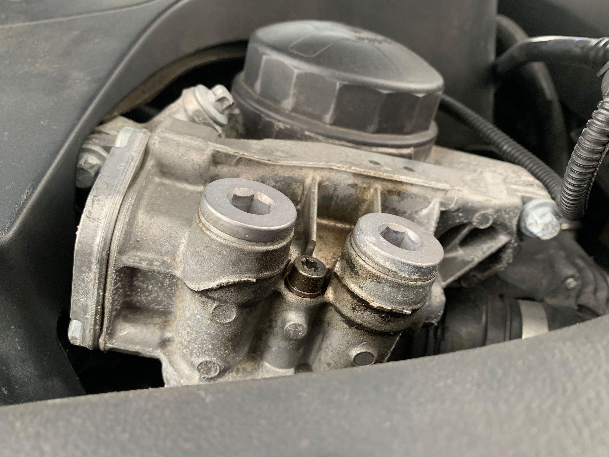 Oil Gasket Leak >> Oil Leak Housing Gasket Or Valve Cover Gasket Bmw 3