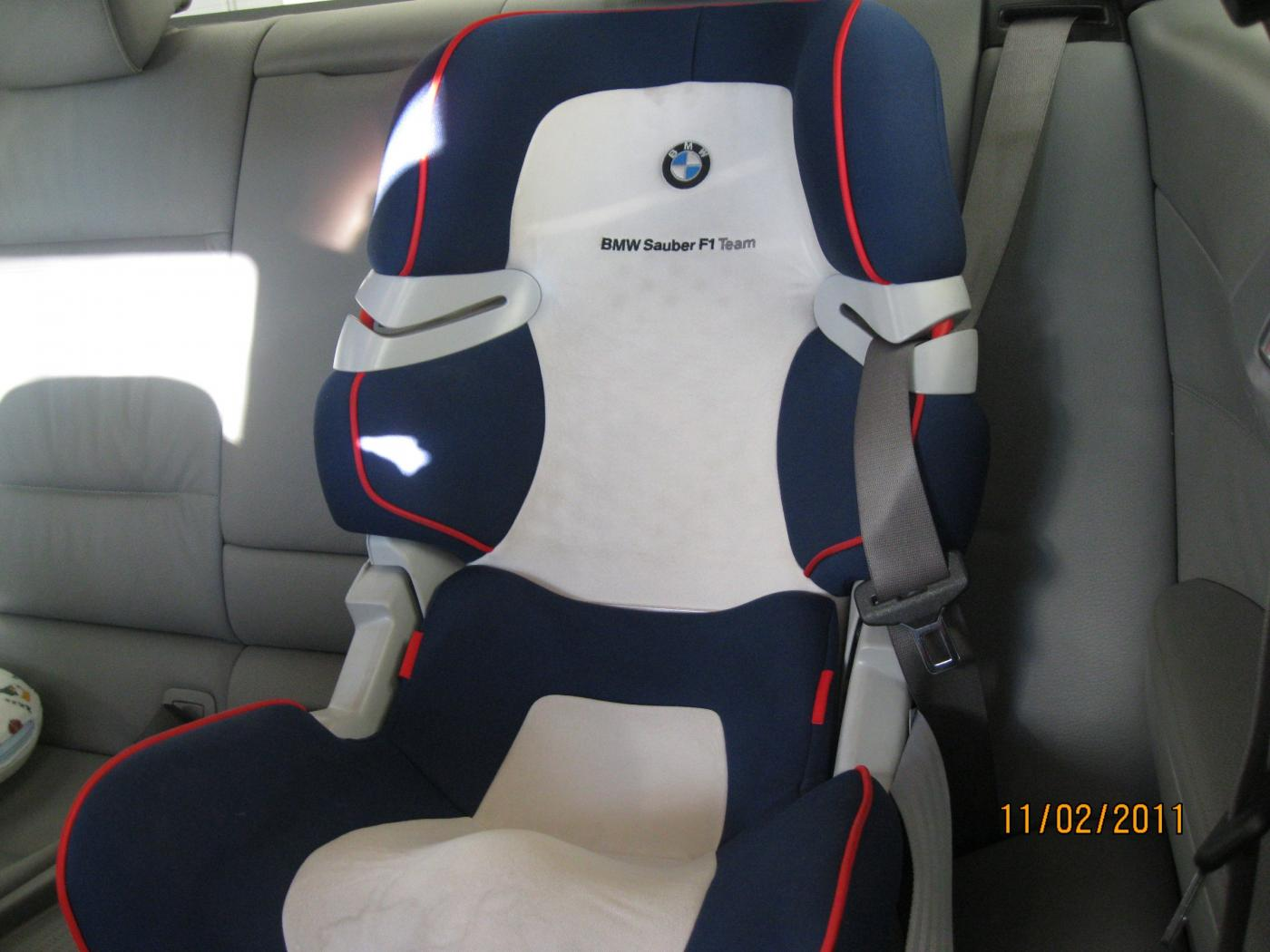 bmw junior seat i ii isofix baby child car seat ebay. Black Bedroom Furniture Sets. Home Design Ideas