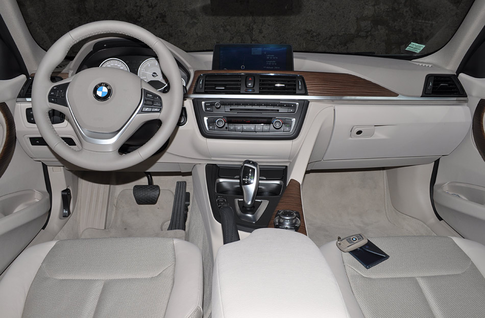 Pix of non leather interior for Bmw serie 6 interieur