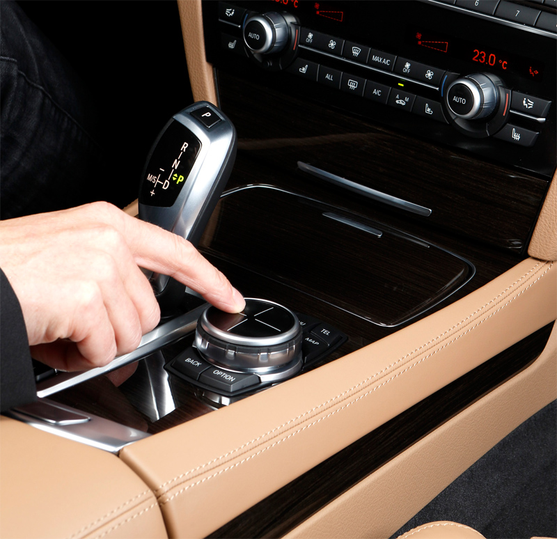 bmw idrive touch controller system officially announced. Black Bedroom Furniture Sets. Home Design Ideas