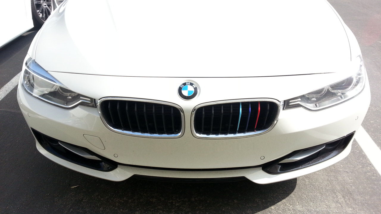 M Tri Color On Front Grill