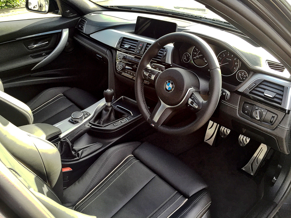 Name:  BMW 340i-5.jpg Views: 3471 Size:  807.0 KB