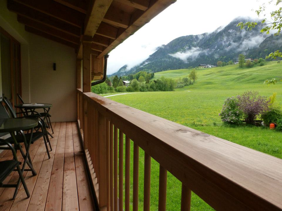 Name:  SchlossBlick Hotel near Kufstein, Austria599462_10151643354386171_1357125858_n.jpg Views: 2323 Size:  101.0 KB