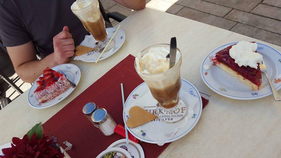 Name:  Winklstüberl Cafe   11220081_10153484950263567_1219844606769862688_n.jpg Views: 2086 Size:  98.5 KB