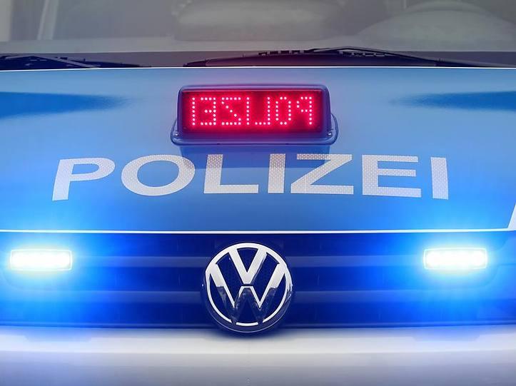 Name:  polizei blaulicht.jpg Views: 2744 Size:  37.3 KB