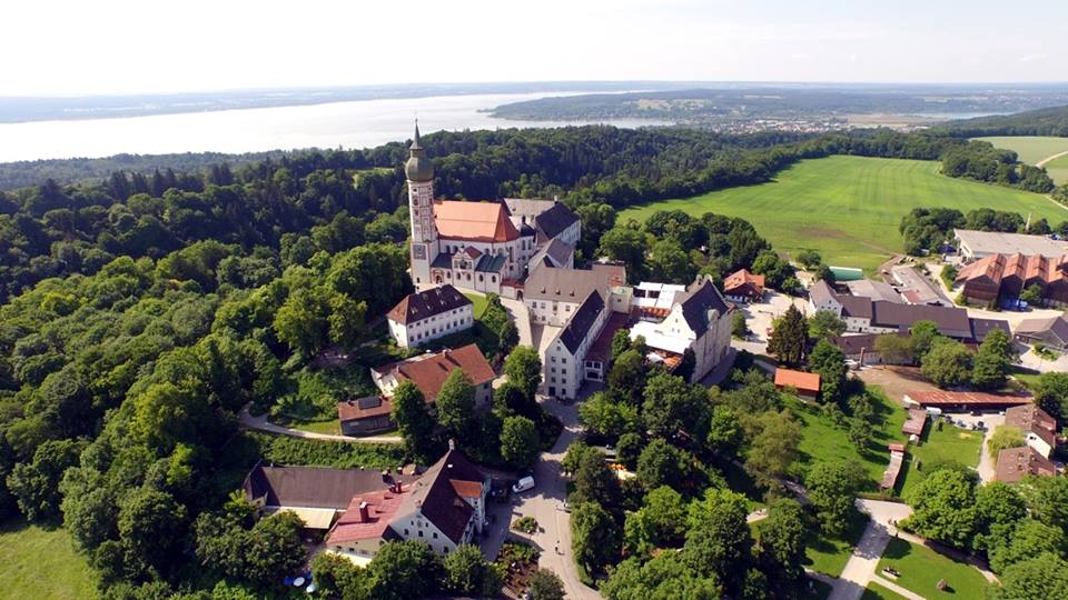 Name:  Kloster Andrechs11406952_10153334956172383_5282984285131791715_n.jpg Views: 2226 Size:  101.7 KB