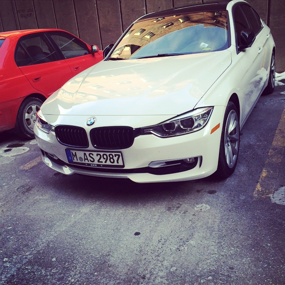 Lease Bmw 428i: 2014 BMW 320XI Front Collision