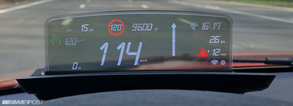 Name:  BMW_HeadUpScreen_1M_03.jpg Views: 236900 Size:  71.1 KB