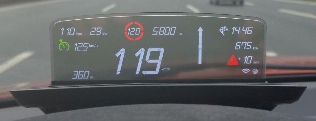 Name:  BMW_HeadUpScreen_1M_08b.jpg Views: 257740 Size:  42.5 KB