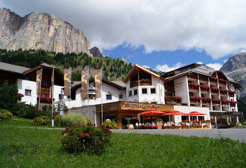 Name:  Sella  Hotel Kolfuschgerhof     10499343_704382849598048_534667051736844303_o.jpg