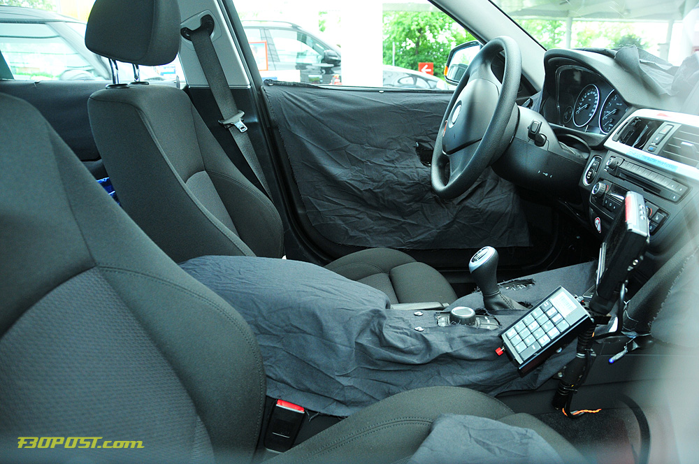 Name:  interior2.jpg