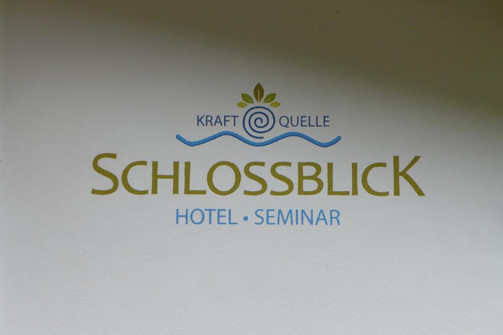 Name:  schloss Blick Hotel Kufstein   P1000990.jpg Views: 2439 Size:  144.2 KB