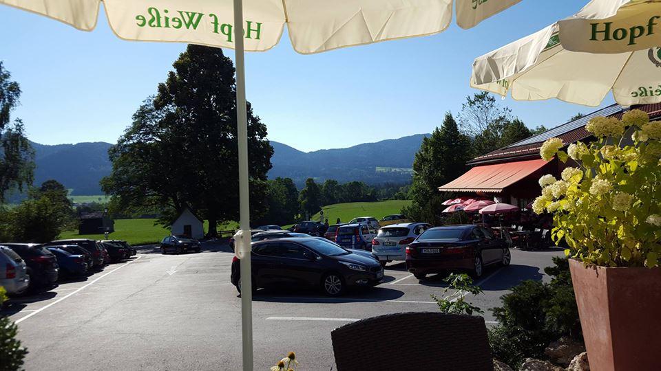 Name:  Winklstüberl Cafe   49923567_7779720959410775377_n.jpg Views: 2541 Size:  94.0 KB