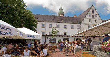 Name:  Kloster Andrechs  10_by_andechs_kloster_biergarten_roland_rossner_3_452x.jpg Views: 1936 Size:  33.9 KB