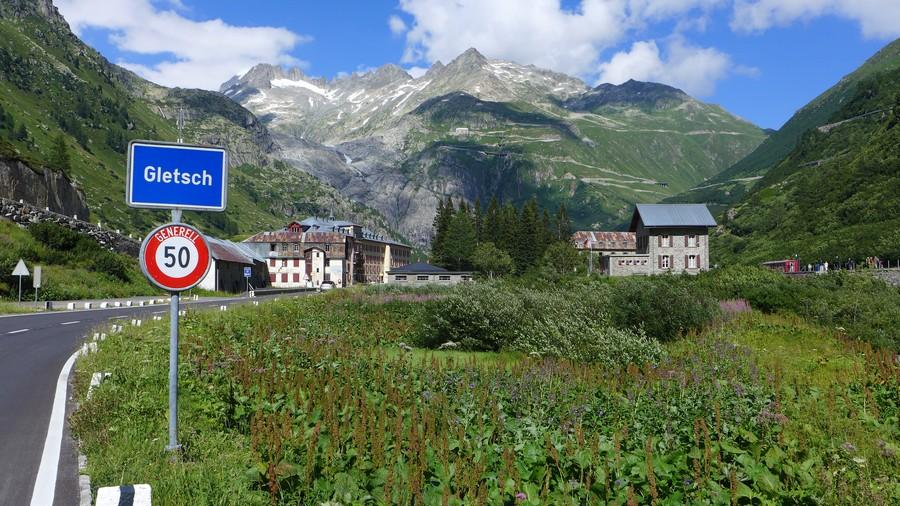 Name:  Furka Pass Gletsch P1080432.jpg Views: 1564 Size:  228.8 KB