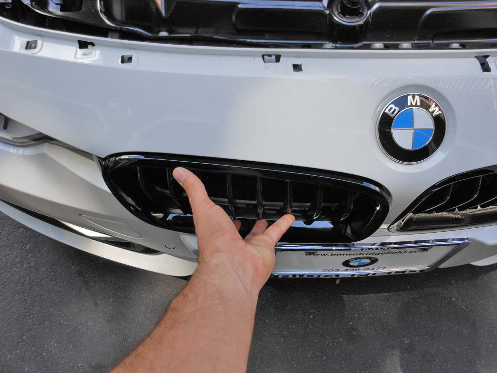 Name:  f30grille18.jpg Views: 144117 Size:  226.1 KB