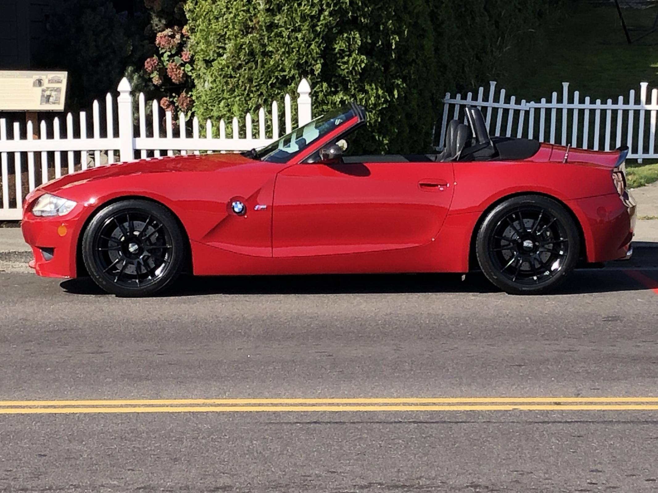Name:  Red Roadster GH Waterfront Pic 1.jpg Views: 173 Size:  380.2 KB