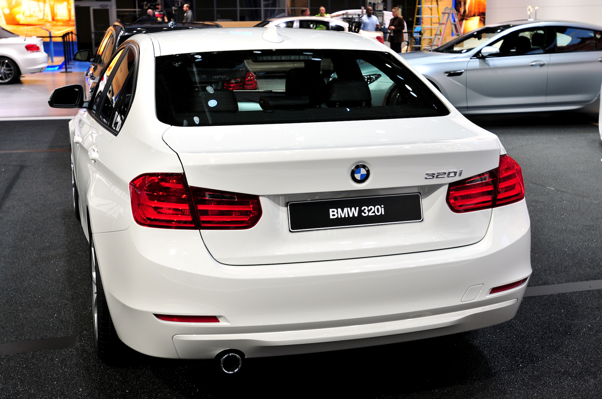BMW Announces 320i and 320i xDrive for U S Market priced at $33 445
