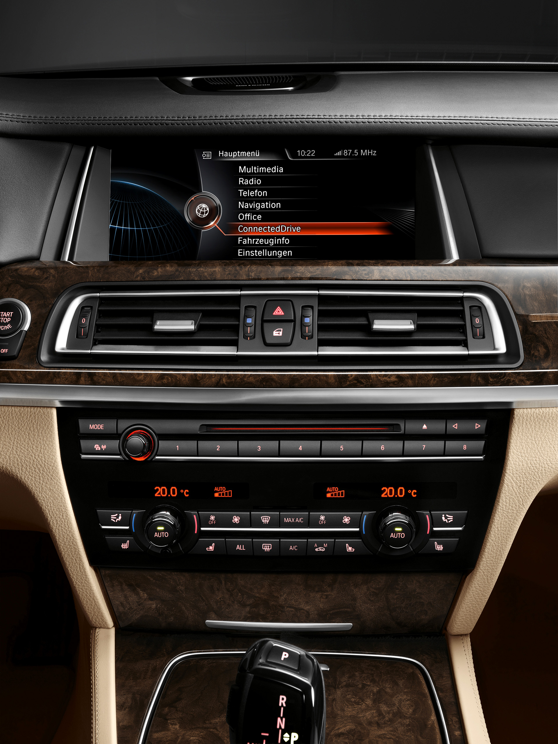premiere of the new bmw navigation professional and. Black Bedroom Furniture Sets. Home Design Ideas